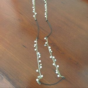 Jewelry - Leather and pearl long necklace